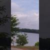 VIDEO: Cree grabar un ovni y una compañía revela la naturaleza de ese extraño objeto UFO At work and saw this mooresville nc lake norman.