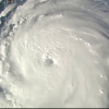 """VIDEO Huracán Florence: el ciclón """"extremadamente peligroso""""de categoría 4 que tiene en alerta a la costa este de Estados Unidos"""
