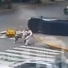 VIDEO Una 'supermadre' salva a sus hijos 3 veces en cuestión de segundos