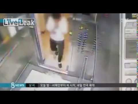 VIDEO Elevador muele un Pobre hombre Man Is Nearly Crushed by Defective Elevator