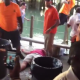 VIDEO Cara paltia sangre y borrachos Bouncers Knockout Multiple People At A Memorial Day